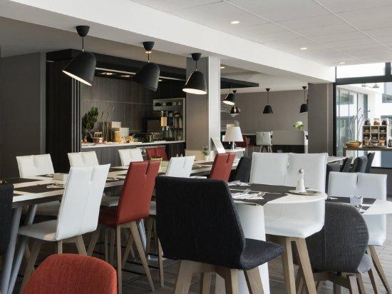 Survilliers, Francia: Restaurant