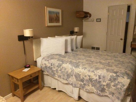 La Kris Inn: Bed