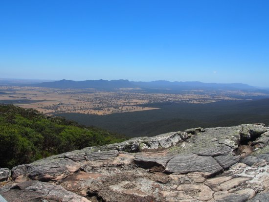 Dunkeld, Australia: view from the top - easterly view