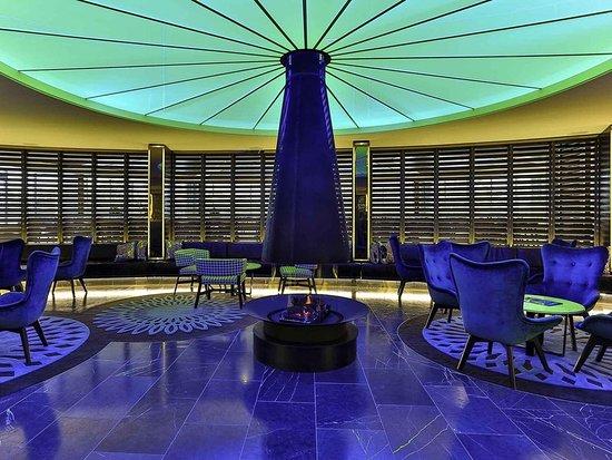 Novotel Sydney Rooty Hill: Lobby