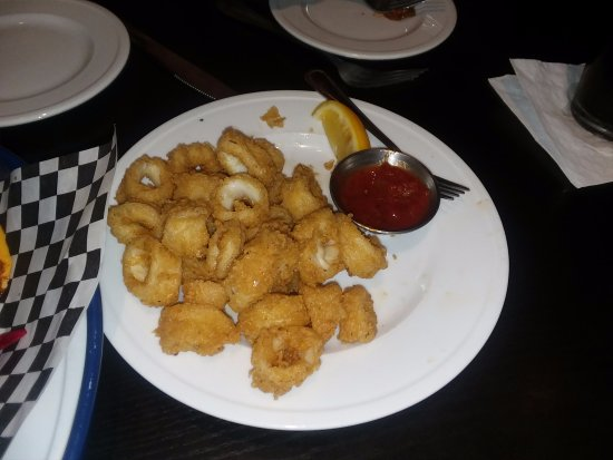 Millburn, NJ: Fried calamari