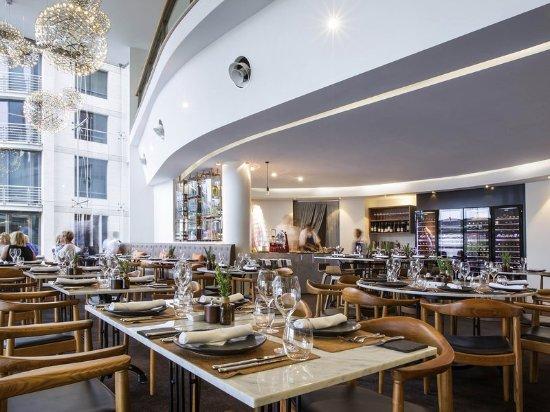 Pullman quay grand sydney harbour updated 2018 prices for Australian cuisine restaurants sydney