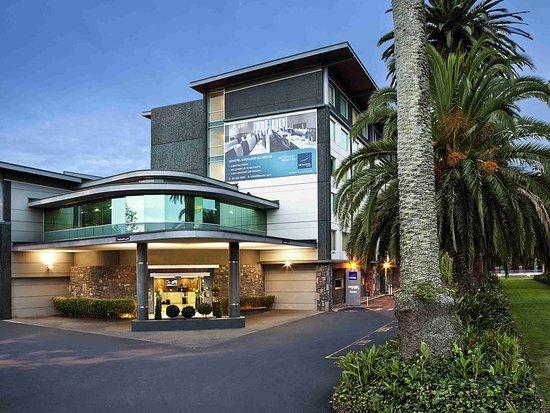 Ellerslie, Selandia Baru: Exterior