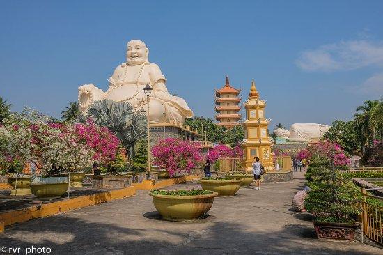 Vinh Hung Pagoda