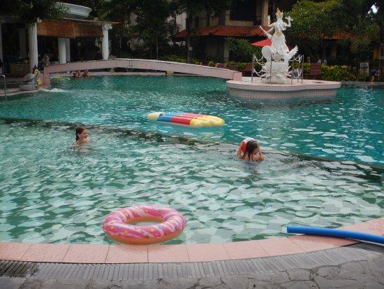 Melasti Legian Beach Resort & Spa Resmi