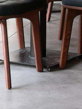 dusty tables legs picture of jones the grocer dubai tripadvisor rh tripadvisor com