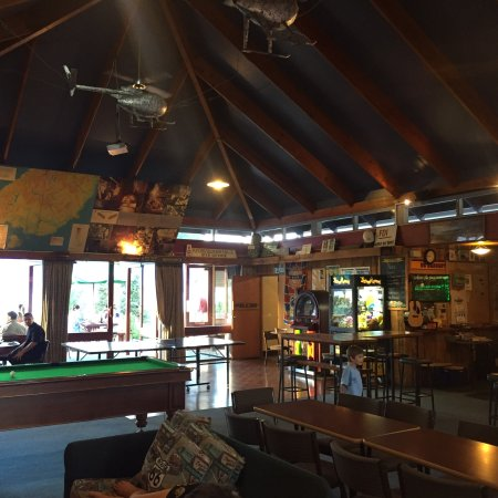 Manapouri lakeview motor inn restaurant restaurant for Manapouri lakeview motor inn