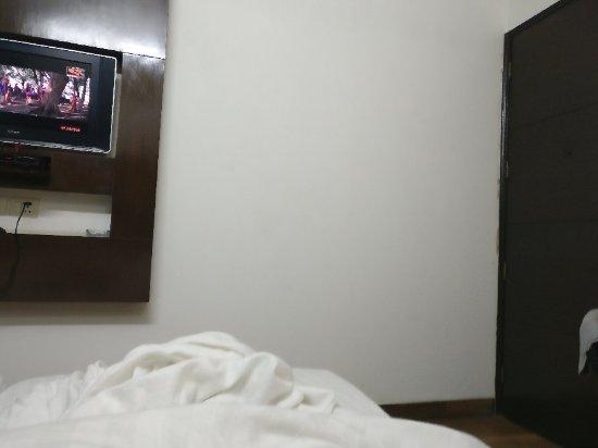 OYO 9269 Hotel The Cameron: IMG_20180121_134856_large.jpg