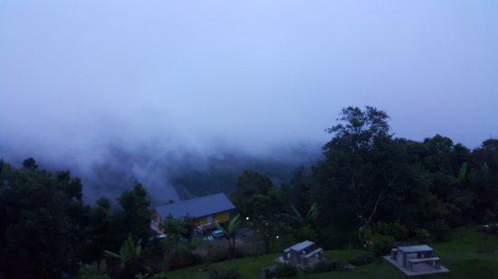 Spectacular view from Hounon Ridge
