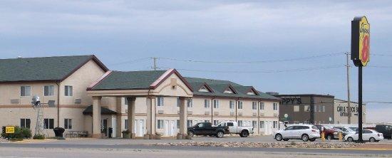 Kindersley Canada Hotels