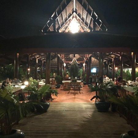 Angkor Village Hotel: photo3.jpg