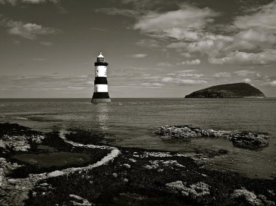 Penmon Point: Penmon lighthouse and puffin island