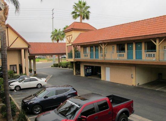 Norco, CA: vue sur l'entrée depuis l'étage