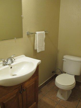 Budget Inn & Suites Ridgecest: basique et propre
