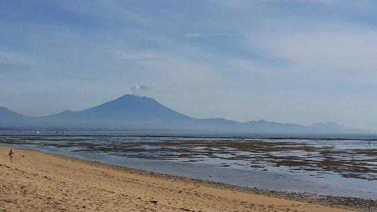 Inna Grand Bali Beach Hotel: 20180108_081235_large.jpg