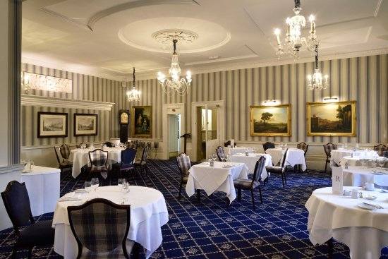 The Royal Hotel: Hotel dining room