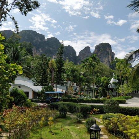 Arawan Krabi Beach Resort: Hotelgelände