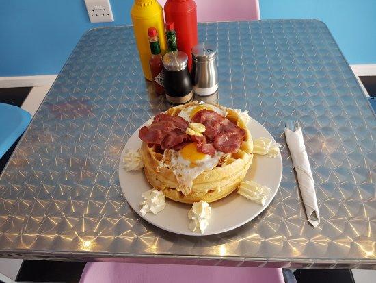Aliwal North, Sudafrica: Belgain Waffle breakfast!