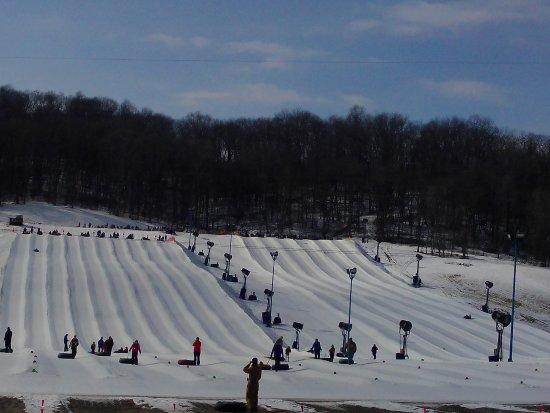 Lawrenceburg, IN: Snow tubing