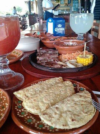 San Juan Cosala, Mexico: muy rico