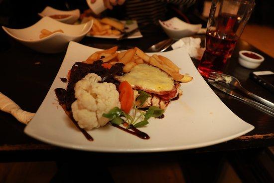 Newnham, UK: tasty dinner