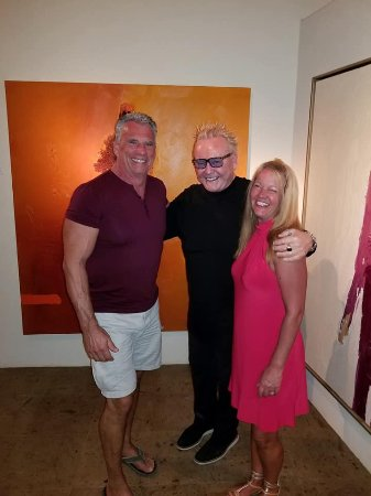 Frank Arnold Gallery: Frank Arnold welcomes us to his spectacular gallery!