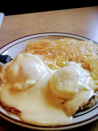The best Eggs Benedict in the Grass Valley  Area.  A really great Hollandaise.