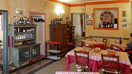 Lisanza, Italy: La prima sala