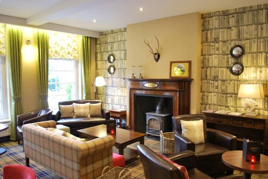 Ty newydd country hotel hirwaun pays de galles voir for Salle a manger wales