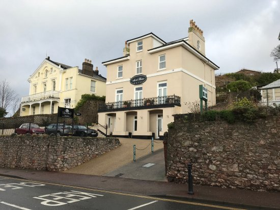 Ascot House Hotel: Ascot House