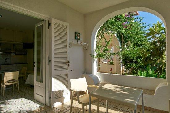 Angolo Cottura In Veranda : Angolo cottura in veranda foto di hotel residence mendolita