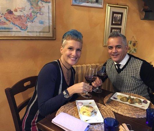 Panicale, Italia: Un Brindisi alla qualità!!