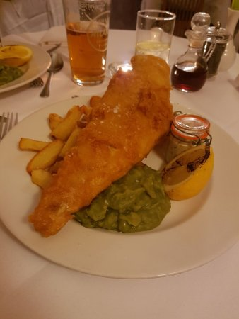Royal Sportsman Hotel: Fish & Chips