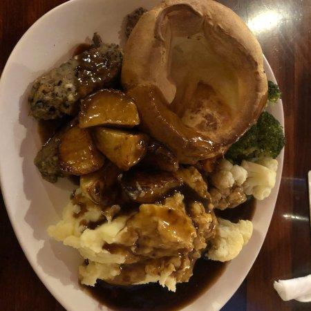 Staffordshire, UK: Sunday Roast