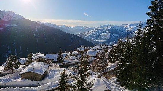 Le Tyrol: DSCPDC_0000_BURST20180113152447174_large.jpg