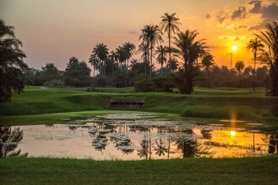 Uyo, Nigeria: Sunset at the Ibom Golf Course