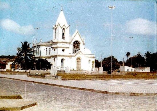 Canavieiras, BA: Igreja de São Boaventura em Canavieiras em 1979.