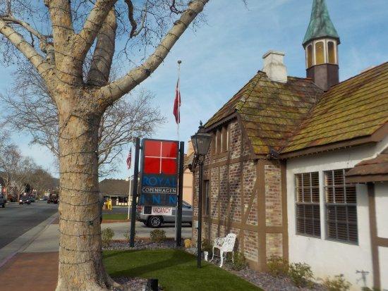 Royal Copenhagen Inn Photo