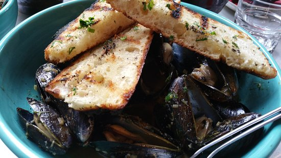 Myers + Chang: mussels