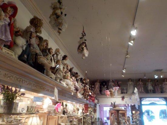 Solvang, CA: Здесь много красивых сувениров