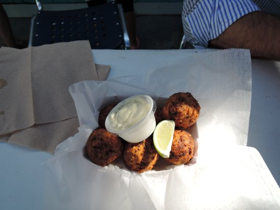 The Conch Shack: Conch fritters