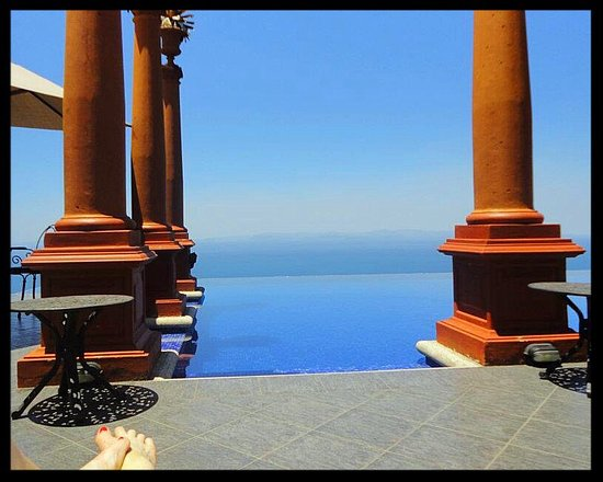 Zephyr Palace Luxury Rental Mansion: View from Zephyr Palace Infinity Pool