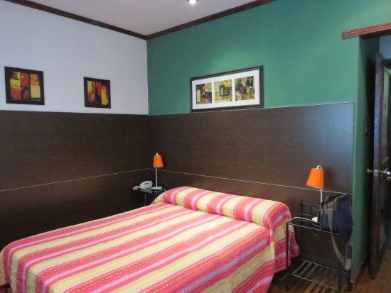 Hotel Iberia: Apartamento Casal