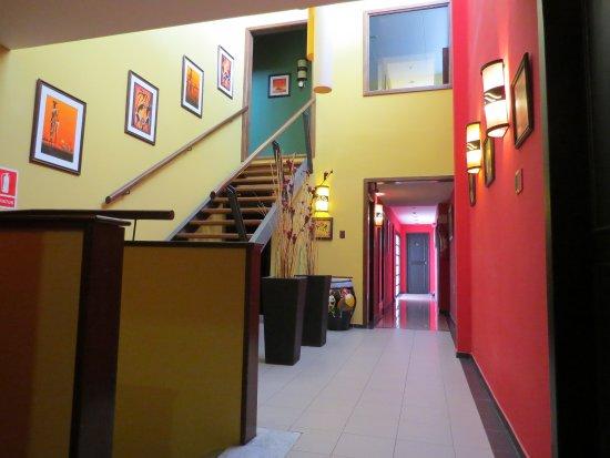Hotel Iberia: Corredor para acesso aos apartamentos