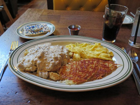 Ted's Bulletin: Biscuits and Gravy with eggs, hash browns, and homemade Pop-Tart