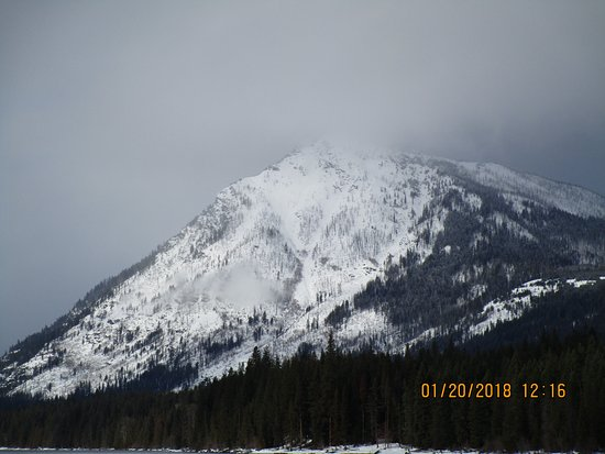 Wenatchee Confluence State Park: Forgot the name of this mountain at Lake Wenatchee