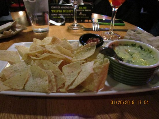 Spinach And Artichoke Dip Picture Of Applebee S Marysville Tripadvisor