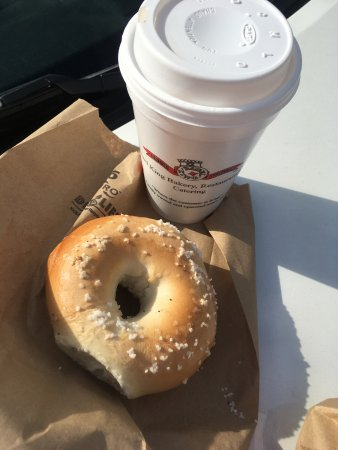 Casselberry, FL: Salt Bagel and one size Coffee
