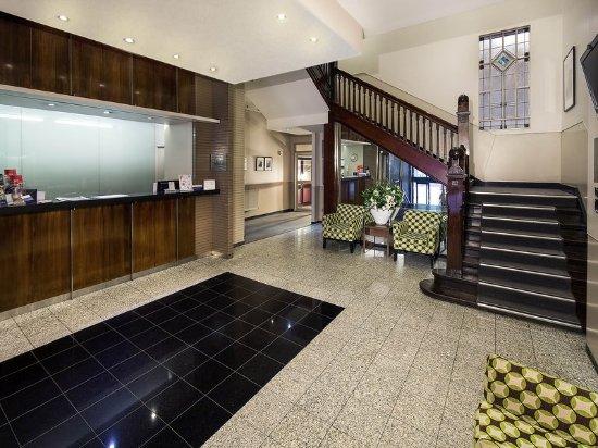 ibis styles kingsgate hotel melbourne australia 2018. Black Bedroom Furniture Sets. Home Design Ideas
