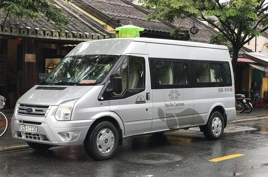Shuttle Bus from Hoi An to Da Nang Airport